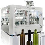 Stroj za polnjenje tekočega piva