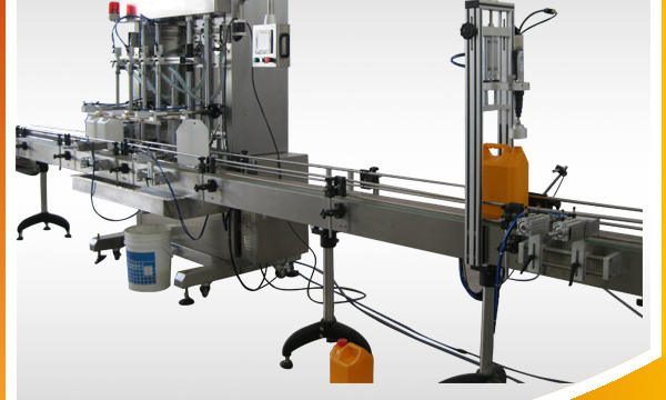 Avtomatski stroj za polnjenje tekočega nakita s tekočino