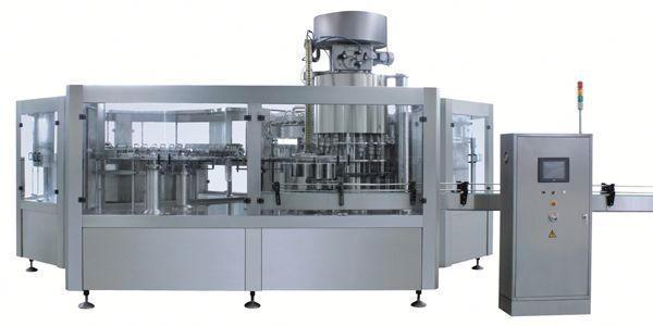 Pnevmatični stroj za polnjenje tekočine